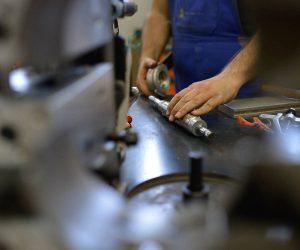 Manutenzione componenti macchine legno (4)